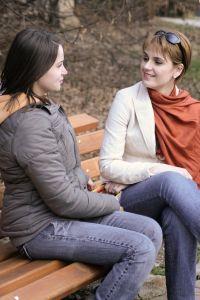 1124722_girls_talking_women_issues1